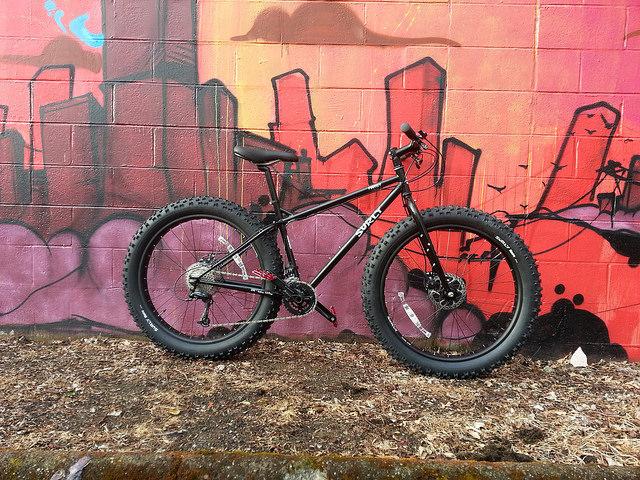 fat tire mountain bike
